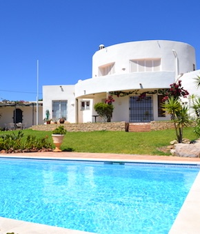 property maintenance and Repairs in Algarve, Portimão, Lagos, Lagoa, Carvoeiro, Aljezur, Sagres, Monchique, Silves, Albufeira
