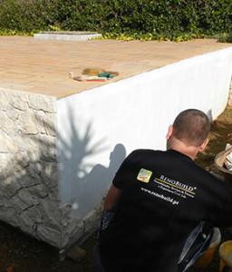 Pose de revêtement avec des pierres décoratives dans la région de l'Algarve, Portimão, Lagos, Lagoa, Carvoeiro, Aljezur, Sagres, Monchique, Silves, Albufeira